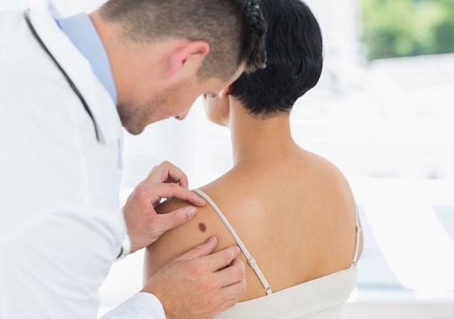 黑色素瘤3期治疗预后能活多久能治愈吗?