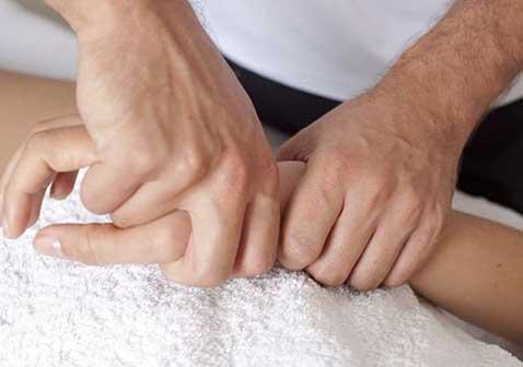 手部类风湿性关节炎怎样治疗